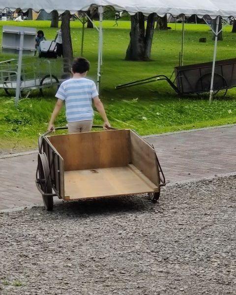 荷物運搬用リヤカー